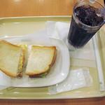 27826544 - 朝カフェセット ハム玉子サンド 390円