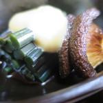 志田屋 - 椎茸とわらび