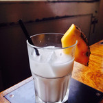ファイブスター・カフェ - ココナッツミルクジュース