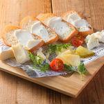 ■4種チーズの盛り合わせプレート