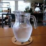 メリーカフェ - 水ポット