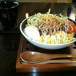ワンツリー・ヒルズカフェ - ロコモコ丼