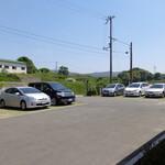 そばカフェ生田村 - 駐車場