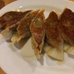 麺山 - 手作り餃子 350円