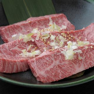上野で50年の歴史、いまも多くの人に愛される和牛焼肉