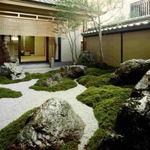 き乃ゑ - ロビー横には、石庭「五山」