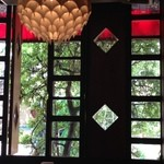 レストラン サンライズ - 窓外のグリーンがGood!