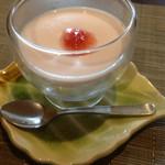 寿司・割烹 仙岳 - イチゴのミルクプリン