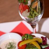 ブランカフェ - 数種類のオーガニック野菜で食べるバーニャカウダは最高☆
