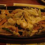 肴や 七福 若葉店 - ホルモン焼き