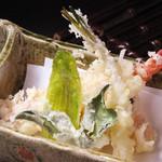 日本料理 日の出 - 天ぷら盛り合せ