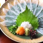 日本料理 日の出 - ひらめ薄造り