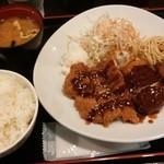 東京厨房 - Wチキン&カニクリームコロッケ定食¥750