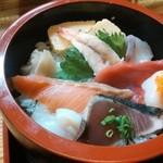 鮨 ささめ - ランチのちらし寿司