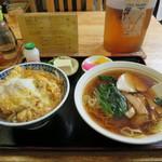 錦乃 - カツ丼半ラーメン 630円