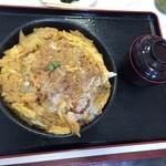 つけもの茶屋 - 1キロかつ丼1,250円