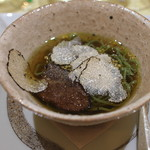 トゥ・ラ・ジョア - 冷し翡翠麺 トリュフ風味 牛肉入り (2014/05)
