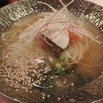 27895644 - 翔山亭冷麺ハーフサイズ