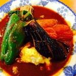 27897639 - チキン野菜辛さは超激辛!トッピングにレッグ!