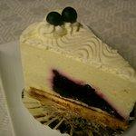 森のケーキ屋 - 料理写真:チーズとブルーベリー