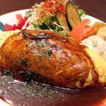プラザカフェ - がっつり派におすすめ!オムライス(定番のデミグラスソース) 800円