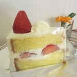 ZAC - 苺のショートケーキ