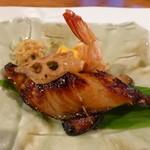 食彩夢 まほら - 銀鱈の幽庵焼き、海老のウニ焼き(6月の夜コース)