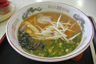 市場食堂 - すずや食堂・ラーメン¥500(2014.03)