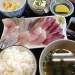 弘伸丸 - 刺身定食800円