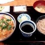 角清 - ランチA 親子丼