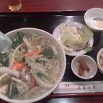 新宿上海料理 露露酒家 - ランチ、タンメン500円
