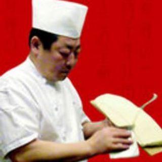 ★刀削麺を削る体験ができる★