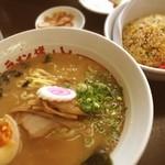 ラーメン 猪のしし - Aランチ 醤油ラーメンと半チャーハン(^^)