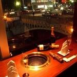 SHY-RON - カップルに人気の夜景色が見える窓際のBOX席。ゆったり個室風。誕生日、記念日デートなどにオススメ!