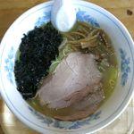 麺龍 - 塩ラーメンのアップ
