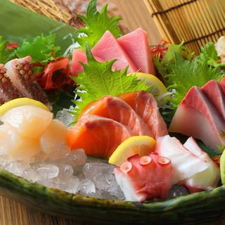 旬の美味しい魚を毎日揃えております!