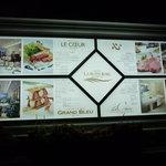 ホテル ラ・スイート神戸ハーバーランド - ☆海側にはこんな看板がありましたぁ☆