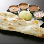 ターリー屋 - 料理写真:3色カレー定食