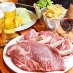 ガーデンバーベキュー - ビッグサイズの牛肩ロースに、オリジナルスパイス下味を付けたステーキ!