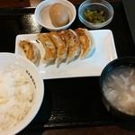 27934812 - 焼餃子定食(5個)¥680