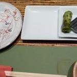 山葵 - 最初のテーブル上
