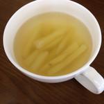 アトリエオハナバコ アンド ハコカフェ - じゃがいものスープ