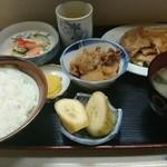 ふる里 - 焼肉定食750円