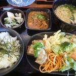 天狗のめし屋 - 料理写真:天狗定食