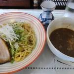 らーめん・つけ麺 よろしく - つけ麺(並)