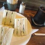 岳 - 料理写真:アイスコーヒーとハムサンド
