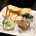 ブラジリアン食堂 BANCHO - 前菜盛り合わせ3種類