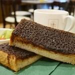角パン専門店Cafe&マルシエルブ - 角パンの厚さは、2.5センチ