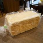 角パン専門店Cafe&マルシエルブ - お店で使用している角パン