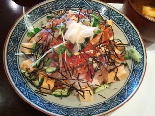 寿司屋 鯛将 - チラシ寿司…皿での提供に、ちろっとガッカリかも…